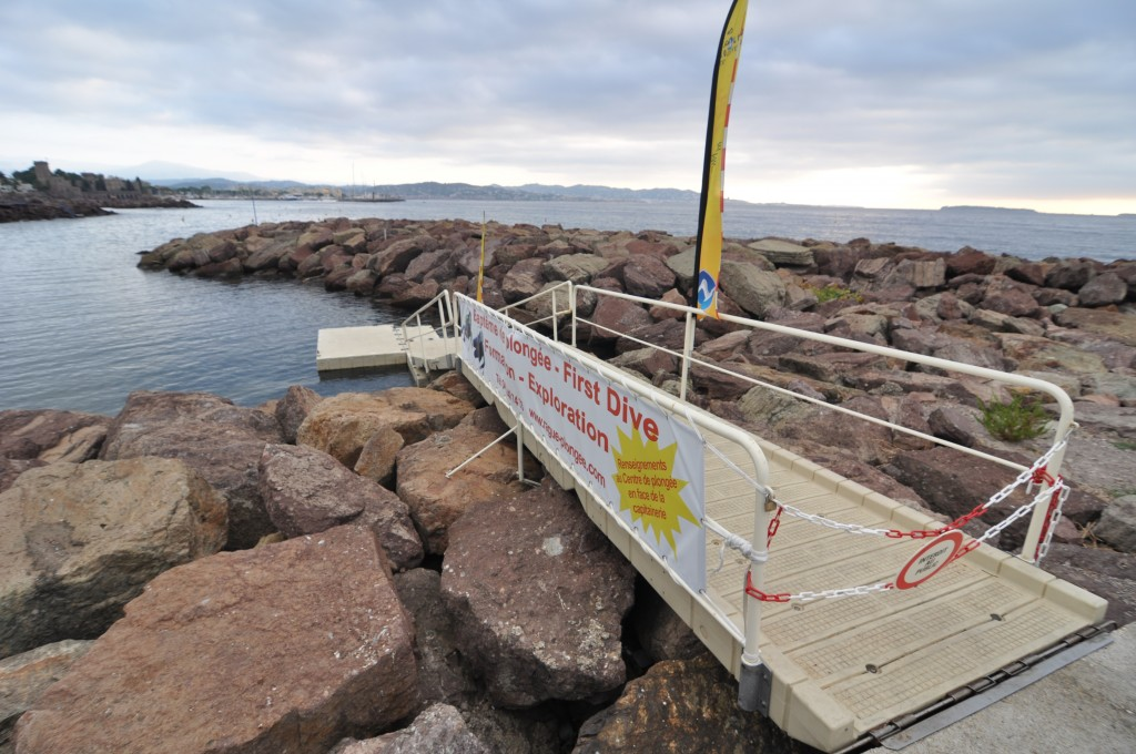 Base de mise à l'eau pour plongeur