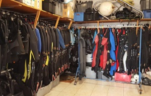 diving equipment for rent
